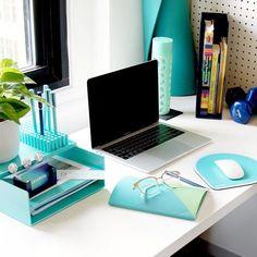 """211 curtidas, 4 comentários - OrganizAÇÃO (@organizacao.acao) no Instagram: """"Uma mesa cheia de papéis NÃO é sinônimo de produtividade e eficiência. Um escritório bem organizado…"""""""