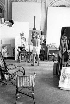 Picasso actively creating and actively not giving a damn.