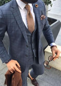 Ineffable Perfect Wedding Dress For The Bride Ideas Wedding Suits work out after work // fitness // mens health // mens suit // metropolitan lifestyle // - Terno Slim Fit, Fitness Man, Fitness Fashion, Health Fitness, Traje Casual, Mode Costume, Designer Suits For Men, Herren Outfit, Men Formal