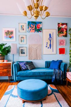 Home Interior Decoration .Home Interior Decoration Colourful Living Room, Colourful Bedroom, Colourful Home, Blue And Pink Living Room, Blue Couch Living Room, Living Room Decor Eclectic, Colourful Designs, Colorful Apartment, Retro Living Rooms