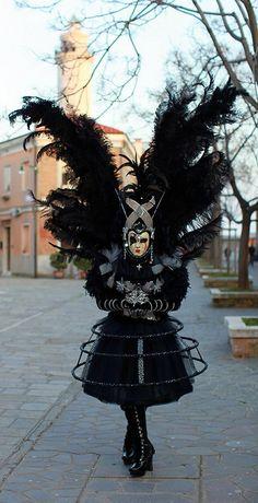 Una delle tante meravigliose mascere al carnevale di venezia