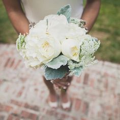 Simple white bridesmaid bouquets made of Queen Anne's lace and hydrangeas // Bouquet: Cathy Wilson // Teale Photography // http://www.theknot.com/weddings/album/a-vintage-country-wedding-in-charlotte-tn-148644