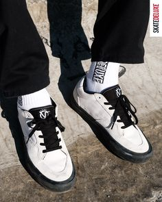 Check out the new colorway of Rowan Zorillas pro model: the Vans Rowan Pro Skate Shoe Brands, Skate Shoes, New Skate, Shoe Releases, Converse, Vans, Men Sneakers, Nike Sb, Rowan