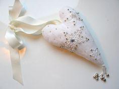 White Christmas big heart gently tinkling heart by LolaaCreates, zł59.00