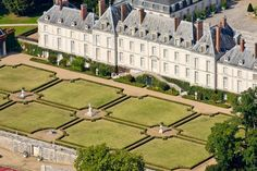 "CHATEAU DE MENARS, France: is situated on the bank of the Loire. Menars was acquired by Mme de Pompadour, who paid almost 1,000,000 livres in installments and ""sold some pearl bracelets to meet the first payment"". With the death of the marquise de Pompadour in 1764, the château passed to her brother, Abel-François Poisson de Vandières. Some new work was then realized under the direction of architect Jacques-Germain Soufflot."