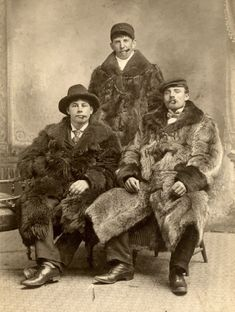 An old family photo from the early 1900s.