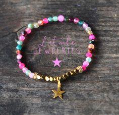 Bracelet en perles d'agate avec charm étoile dorée, style boho, bohême, shabby chic