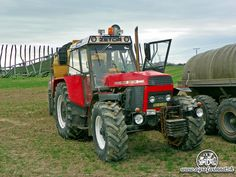 Classic Tractor, Heavy Equipment, Czech Republic, Cars And Motorcycles, Tractors, Irish, Childhood, Country, Vintage