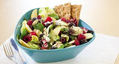 With lots of flavor, this salad keeps it crunch with a pretty easy salad hack that you're going to use again and again.