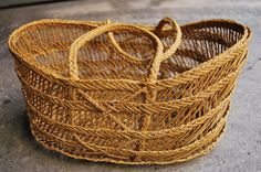 BASKETRY ESPARTO. BASKETS IN Cofin POINT TECHNIQUE AND LONG Cofin