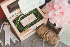 Tips Memesan Flashdisk Card sebagai Suvenir Pernikahan