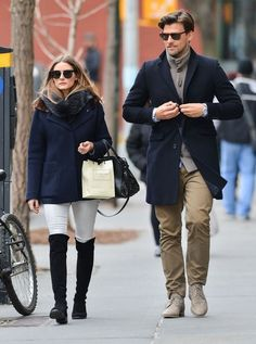 Olivia Palermo Photos - Olivia Palermo and Johannes Huebl Take a Stroll - Zimbio