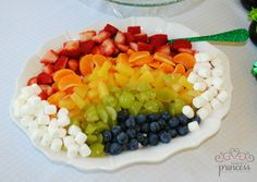 Rainbow Fruit Salad at a St. Patrick's Day Party #stpatricksday #partyfood