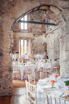 Lulworth Castle Wedding Tables lay out by one thousand words wedding photographers www.onethousandwords.co.uk