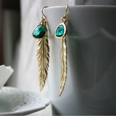 Gold Feather Dangle Earring shiny-things