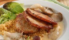 Bravčové rezne s kuskusom a hlivou: Chutia aj v tomto teple! French Toast, Pork, Beef, Breakfast, Kale Stir Fry, Meat, Morning Coffee, Pork Chops, Steak