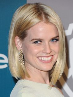 Women with heart-shaped mugs, like Alice Eve, should do as she does here, and choose a cut that hits an inch or so below the chin to create the illusion of a slightly-elongated face.