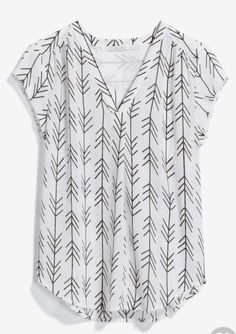 Stitch Fix stylist: like this blouse Pretty Outfits, Cute Outfits, Fix Clothing, Stitch Fix Fall, Casual Outfits, Fashion Outfits, Casual Shirt, Looks Plus Size, Stitch Fix Outfits