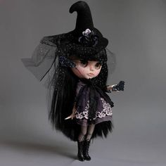 HANDMADE DOLL - CUSTOM BLYTHE AVA Halloween Girl 2017 Base Doll: Factory Blythe height: 32 cm / 12 in new jointed body - fully articulated changes by Miki: sanded face carved lips and carved nose new make up with high quality pastels and glitter & sealed with MSC UV-CUT flat - finished