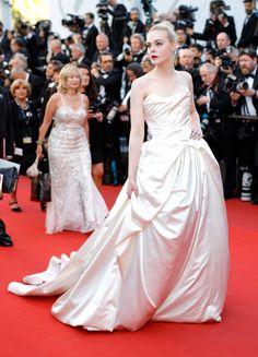 Elle Fanning - Kannu filmu festivāla 2017 atklāšanas ceremonijas zvaigzne #Cannes2017 #ElleFanning #style #fashion