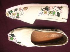Decorated my Toms. Leafy goodness.