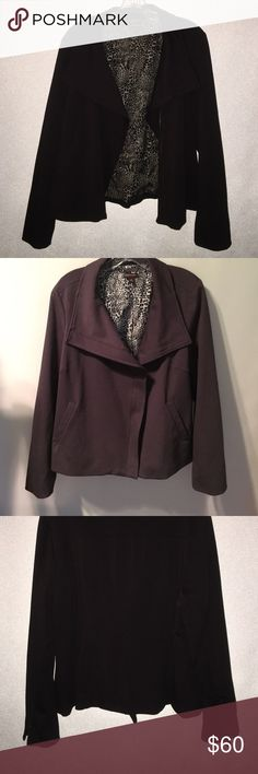 Beautifully well made jacket Fully lined taupe jacket. Zippered sleeves, pockets. An incredible jacket Dana Buchman Jackets & Coats