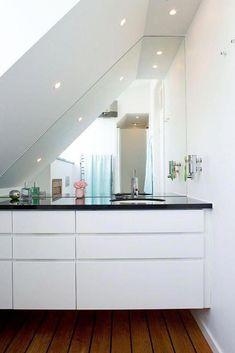 tiny attic bathroom #atticbathroombenjaminmoore #atticbathroomgrey #atticbathroombathtub