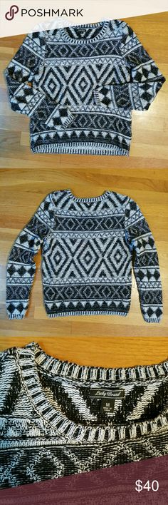 🆕NWOT Cozy Lucky Brand Sweater Like-new condition, tags removed but never worn.  Relaxed fit, but not oversized. Soft and comfortable!  100% cotton.   I do not trade or model, sorry! Lucky Brand Sweaters Crew & Scoop Necks