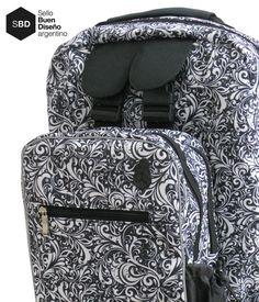 Mochilas para Rollers Psicodelia Plumífera. Disponible en www..tienda.getupboris.com #diseño #mochilas #rollers