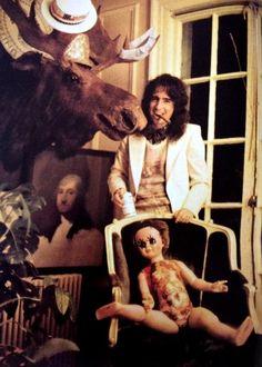 Alice in 1973 Alice Cooper, Best Heavy Metal, Goth Music, Go Ask Alice, Paul Stanley, Rob Zombie, Tonight Alive, Dexter Morgan, Jazz Blues