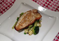 SEA BASS & SUPERFOOD SALAD