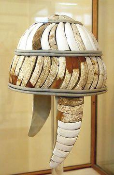 Yelmo micénico de dientes de jabalí