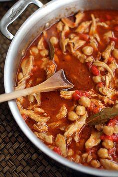 Lebanese Chickpea Stew - Inquiring Chef
