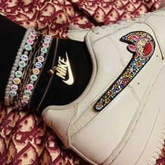 Streetwear (@cvshed) • Instagram-bilder og -videoer High Top Sneakers, Sneakers Nike, Streetwear, Custom Sneakers, Nike Air Force, Videos, Behind The Scenes, Wedges, Shoes