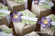 Auftrag erhalten, die Boxen für die Gästegoodies zu gestalten. Ich habe die Boxen mit Hilfe des Punchboards für Geschenktüten gemacht. www.love2becreative.de Stampin Up, Bloom, Gift Wrapping, Gifts, Boxing, Getting Married, Weddings, Presents, Gift Wrapping Paper