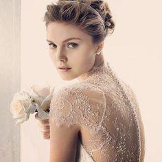 wedding dress #lace #back