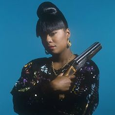 This is the place where Hip-Hop legacies are uplifted. Get enlightened about this culture we call, Hip-Hop. © Old School Hip Hop Lust 80s Hip Hop, Hip Hop Art, Hip Hop And R&b, History Of Hip Hop, Foxy Brown, Old School Music, Graffiti, Queen Latifah, Music Pics