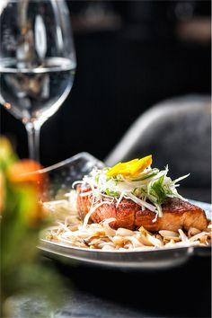 Restaurant Food Photography Most Popular Ideas Restaurant Photos, Restaurant Recipes, Food Photography Styling, Food Styling, Wine Recipes, Gourmet Recipes, Fine Dining, Food Inspiration, Food Porn