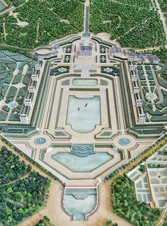 Enjoyable Versailles - http://www.travelandtransitions.com/european-travel/