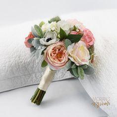 Ideas wedding flowers peonies babies breath dusty miller for 2019 Navy Wedding Flowers, Silk Wedding Bouquets, Winter Wedding Colors, Prom Flowers, Flower Bouquet Wedding, Faux Flowers, Summer Wedding, Trendy Wedding, Bridesmaid Bouquets