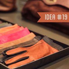 """Secondo la boutique spagnola Brussosa i nostri guanti rientrano appieno nella """"TOP 20"""" delle idee più smart per questo Natale. Find us in Barcelona at BRUSSOSA Shop."""