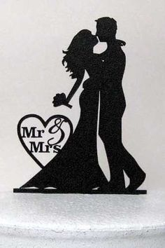 Bride and groom silhouette cake topper…lovely. Bride and groom silhouette cake topper…lovely. Bride And Groom Silhouette, Wedding Silhouette, Silhouette Cake, Silhouette Design, Silhouette Images, Wedding Gifts For Bride And Groom, Bride Gifts, Wedding Topper, Scroll Saw Patterns