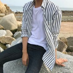 Korean Fashion Men, Boy Fashion, Mens Fashion, Fashion Outfits, Cool Outfits, Summer Outfits, Casual Outfits, Mode Man, Style Masculin