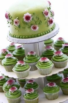green wedding cup cakes