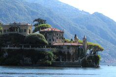 Visiter lac de Come pour voir la beauté de la nature eau et montagne Bellagio Italie, Lake Como Wedding, Italian Lakes, Romantic Destinations, Villa Design, Italy Wedding, Italy Travel, Discovery, Lust