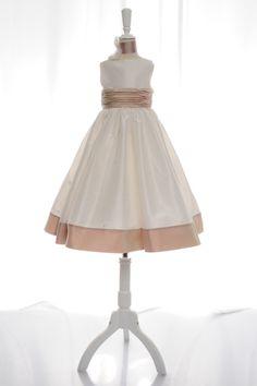 Perfect A-line organza sleeveless flower girl dress