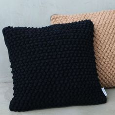 Almofadas Crochê | Renata McCartney Home