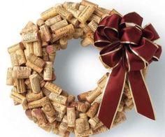 Φτιάξτο μόνος σου: χριστουγεννιάτικα στολίδια από φελλό