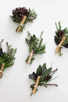 PUNTXET Mini ramos de hierbas frescas para el dia de la madre #DIY #flores…