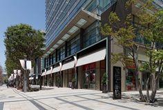 Retail Facade, Shop Facade, Shopping Street, Street Mall, Mall Design, Retail Design, Signage Design, Facade Design, Tokyo Midtown